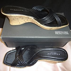 Kenneth Cole Reaction Sandals 👡